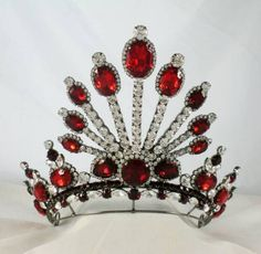 One of Queen Edana's crowns //Siam Rubies