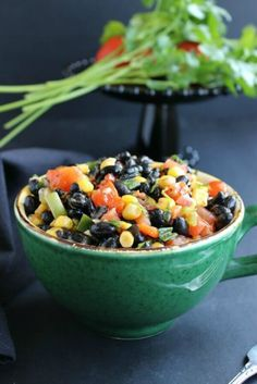 Fully Loaded Black Bean Salad is a colorful and flavorful salad. It's perfect for potlucks, parties, lunches and anytime! Only 15 minutes and super easy.