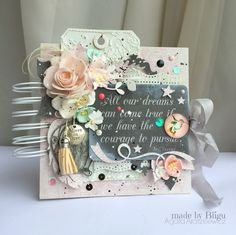 The soft colors combined with stronger accents perfectly suited to the task. I hope that the beautiful quotation encourage her to persevere in accomplishing dreams. Soft Colors, Quotation, Albums, Encouragement, Paper Crafts, Dreams, Cards, Gifts, Beautiful