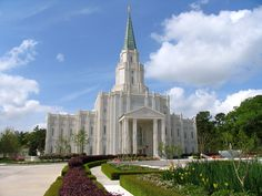 Click to enlarge this image of the Houston Texas Mormon Temple
