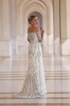 Vestido de noiva com renda prateada ( Vestido: Lucas Anderi )