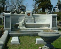 Harry Houdini Gravesite - Machpelah Cemetery, Brooklyn, New York