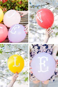 DIY typography balloons