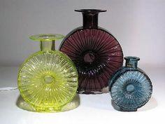 Aurinkopullo by Helena Tynell Old Bottles, Glass Bottles, Bottle Design, Glass Design, Red Glass, Glass Art, Colored Vases, Nostalgia, Bottle Art