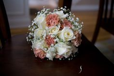 Carnation & Rose bouquet - Exactly what I want for my bridal bouquet, except for pale pink carnations instead of these peachy ones