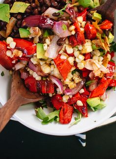 Vegetarian grilled summer salad with corn, peppers and chili-lime dressing - cookieandkate.com