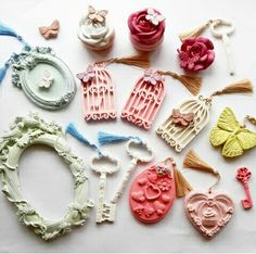 Kokulu tas Diy Fragrance, Cold Porcelain Flowers, Clay Jar, Jar Art, Gypsum, Air Freshener, Polymer Clay, Projects To Try, Creations