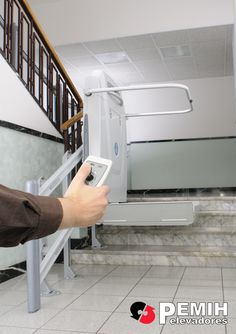 mando a distancia de plataforma salvaescaleras de http://www.pemih.com/sillas-y-plataformas-salvaescaleras/