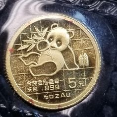 China 1989 Gold Panda 1/20 oz 5 Yuan Original Plastic Great