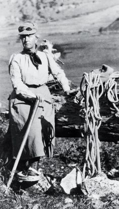Fanny Bullock Workman (Photograph courtesy of the Library of Congress)  The first woman mountaineer to climb over 23,000 feet on Nun Kun in the Himalayas in 1906, a record unbroken until 1934.