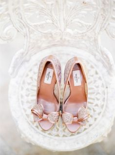 Wedding shoes, image by André Teixeira, Brancoprata