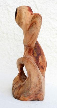SCULPTURE ALGARROBO WOOD 25x25x45 cm 4 kg