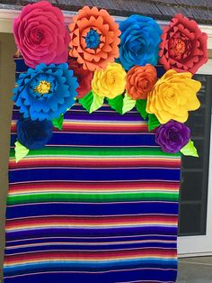 Quinceanera Party Planning – 5 Secrets For Having The Best Mexican Birthday Party Mexican Birthday Parties, Mexican Fiesta Party, Fiesta Theme Party, Party Themes, Ideas Party, Fiesta Cake, Taco Party, Birthday Bash, Mexican Party Decorations