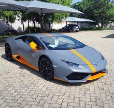The ONLY Lamborghini Huracan Avio in South Africa  spotted by @glenn.carfreak  #ExoticSpotSA #Zero2Turbo #SouthAfrica #Lamborghini #Huracan #Avio