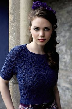 Rétro knitted t-shirt: Angelite pattern by Martin Storey