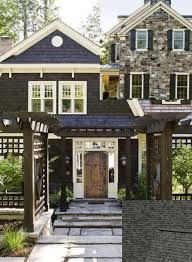 I love how the cedar shakes on the gambrel roof are broken up by white trim and sloping of the facade. It really give this Dutch Colonial dimension. Love the windows on the gambrel roof. Design Exterior, Exterior Paint, Black Exterior, Exterior Colors, Style At Home, Plans Architecture, Architecture Details, Haus Am See, Gambrel Roof