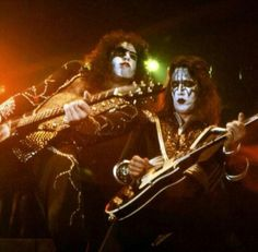 Kiss Rock and Roll Over Tour Kiss Images, Kiss Pictures, Fearsome Foursome, Hard Rock Music, Vinnie Vincent, Eric Carr, Kiss Photo, Paul Stanley, Kiss Band