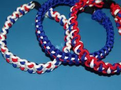 Patriotic Paracord Dog collar by knottyprojects on Etsy, $20.00