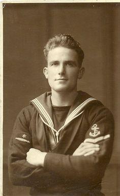 1916 very handsome man