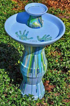 7 DIY Bird Baths Ideas, Tips Tutorials! Including this fabulous diy bird bath project from in lieu of preschool. Pots D'argile, Clay Pots, Outdoor Crafts, Outdoor Projects, Garden Crafts, Garden Projects, Garden Ideas, Backyard Ideas, Craft Projects