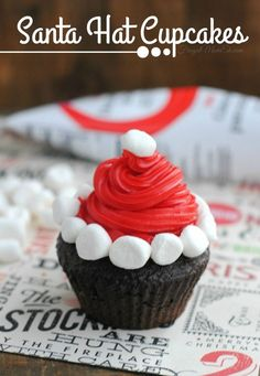 Here is another fun Christmas Cupcake decorating idea! These Santa Hat Cupcakes really easy to pull off, even with minimal piping skills making them a great option for just about anyone!