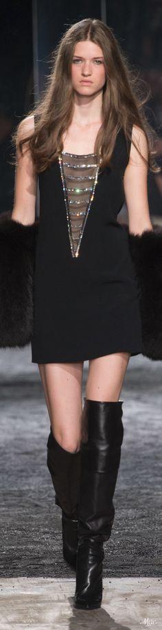 Fall 2017 Haute Couture Azzaro
