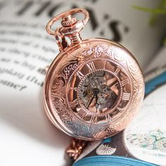 This exquisite pocket watch. 23 Things You Need If You Just Fucking Love Rose Gold Pochette Rose Gold, Chrom Nails, Personalized Pocket Watch, Rose Gold Aesthetic, Gold Everything, Accessoires Iphone, Gold Pocket Watch, Pocket Watch Necklace, Skeleton Watches