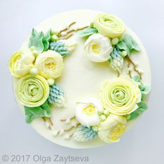 Ranunculus buttercream flower wreath Cake Decorating Tutorial