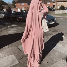Sometimes Pink 🌸 - Jilbab & Gloves Maxi Outfits, Hijab Outfit, Abaya Fashion, Muslim Fashion, Women's Fashion, Fashion Outfits, Niqab, Turban, Hijab Look