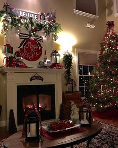 Homes Decorated For Christmas On The Inside 58 unique stunning christmas home decoration ideas for adding pep