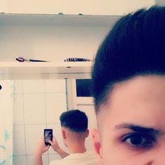 Short-medium haircut men.