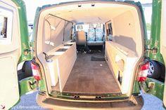 """Luigi"" der grüne Surferbus - Travel Smarter"