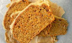 La tarta de zanahoria es un postre muy saludable debido que contiene avena ingrediente con altas cantidades de fibra, zinc y fósforo. Toma nota de la receta