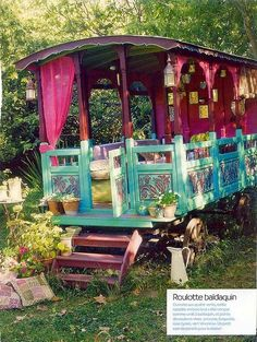 Gypsy cart turned hut for kids. Finally! Something to do with all of those Gypsy carts I have lying around! ??