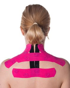 How to apply Kinesiology Tape for shoulder, neck and upper back pain. Physical Sports and Fitness First Aid. Neck And Shoulder Pain, Neck And Back Pain, K Tape, Upper Back Pain, Kinesiology Taping, Muscles In Your Body, Massage Benefits, Scoliosis, Physical Therapy