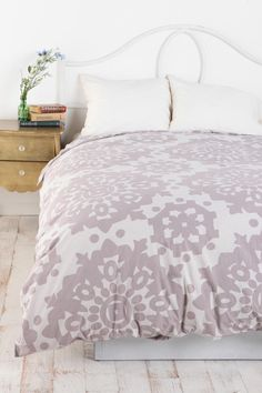 Paper Medallion Duvet Cover - urban outfitters. doesn't come in king :(