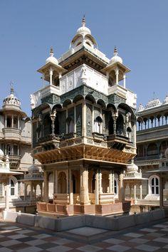 Udai Bilas Palace, Rajasthan, India  by Daveybot