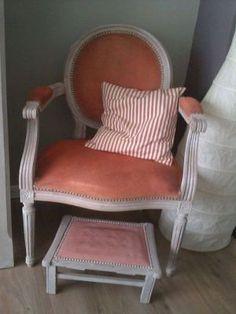 annie sloan chalk paint op stoffen stoelen