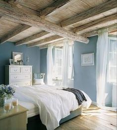 Nice Fancy Small Master Bedroom Design Ideas For Small House. - Cazoz Diy Home Decor Romantic Master Bedroom, Small Master Bedroom, Master Bedroom Design, Bedroom Designs, White Bedroom, Master Bedrooms, Blue Bedroom Paint, Airy Bedroom, Light Bedroom