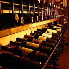 DOCWINE - IMPORTADORA DE VINHOS  (21) 3802-1071  (21) 98187-8188  Instagram: @docwine  Acesse: www.docwine.com.br  Curta a Fan Page: http://ift.tt/1rVymGO #Vinho #Wine #Uva #VinhoTinto #VinhoBranco #Champagne #VinhoRosé #Douro #ImportadoraDeVinhos #RótulosExclusivos #VinhoImportado #VinhoPortuguês #PortugueseWine #Amigos #Friends #Amizade #Família #RioDeJaneiro #Portugal #Tradição #VelhoMundo #Enólogo #Degustação #Sommeliere #Restaurante #Almoço #Jantar by docwine