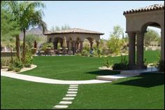 Us Grass and Greens provides synthetic and artificial turf for indoor putting greens, back yards and pet areas.