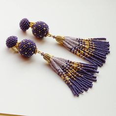Purple Tassel Beaded earrings Clip-On Earrings ball earrings fringe Seed beads earrings Statement Bo Lila Quaste Perlen Ohrringe Ohrclips Kugel Ohrringe Fransen Rocailles Ohrringe Statement Bo Beaded Tassel Earrings, Purple Earrings, Seed Bead Earrings, Fringe Earrings, Bridal Earrings, Beaded Earrings, Beaded Jewelry, Handmade Jewelry, Seed Beads
