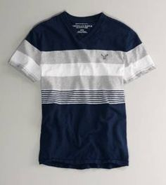 Navy and light gray are such a great combo. Printed Polo Shirts, Polo T Shirts, Boys Shirts, Shirt Print Design, Shirt Designs, Hollister Clothes, Polo Design, Types Of T Shirts, Men's Wardrobe