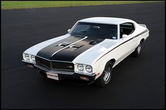 1970 Buick GSX 455 CI, Lusted for this car in high school! Buick Muscle Car, 70s Muscle Cars, American Muscle Cars, Buick Gsx, Buick Cars, Buick Skylark, Performance Cars, Hot Cars, Motor Car