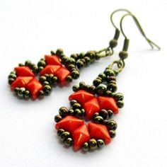 Free Beading Pattern: Flames Bracelet / Earrings Pattern by Růžena Mikulová featured in Bead-Patterns.com Newsletter