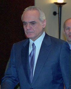 20 anos de prisão para ex ministro grego que recebeu subornos no negócio dos submarinos - Ironia d'Estado