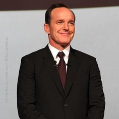 #clarkgregg #smile #swag #handsome #suitandtie #happy #fun #style #follow #fandom #marvel #instagood #cute #sweet #instacool #hermoso