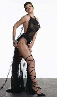 Rihanna (06/02/2021 for VOGUE the production was made by Rihanna and her team and companies #rihanna #fenty #savagexfenty #badgalriri #riri #fentybeauty #fentyskin #fashion #vogue Rihanna Vogue, Rihanna Fenty, Rihanna Outfits, Rihanna Style, Rihanna Photoshoot, Miami Fashion, Celebrity Look, Celebrity News, Sheer Dress
