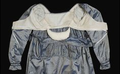 Inside a bodice. 1813. Bodice interior showing reconstructed bustle pad made by Museum conservators for display purposes.  National Museum of Australia http://www.australiandressregister.org/garment/319/