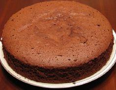 Pão de Ló de Chocolate com Leite Ninho